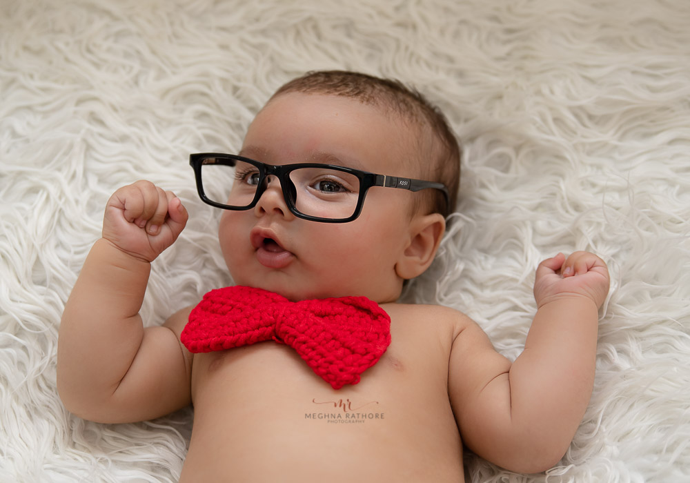 meghna rathore photography baby photo shoot delhi baby with cute glasses