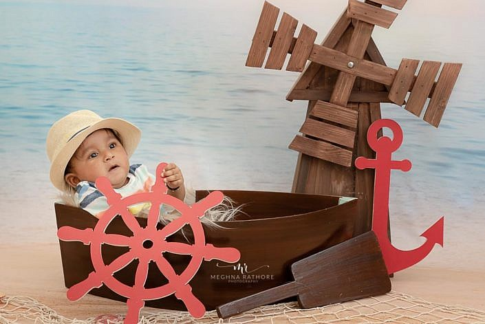 Meghna Rathore Photography, kid boat prop