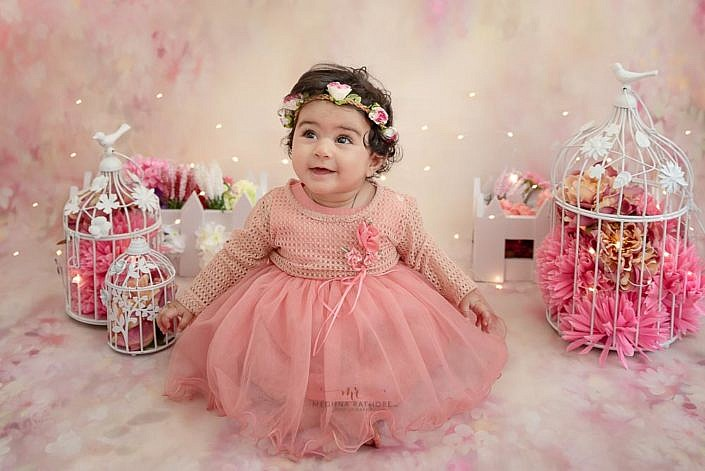 Meghna Rathore Photography, kids photoshoot, sparkling lights