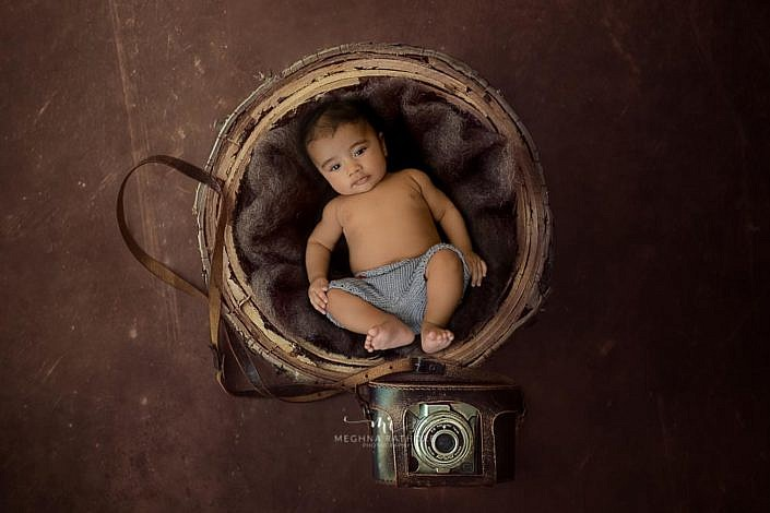 Meghna Rathore Photography, baby and camera