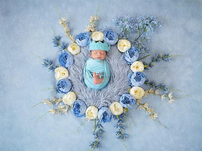 Newborn Album 31 - 18 Days Old Newborn Boy Family Professional Photo Shoot