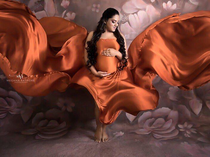 Maternity Album 18 - Indoor Professional Maternity Photo Session Studio - Delhi Gurgaon Noida