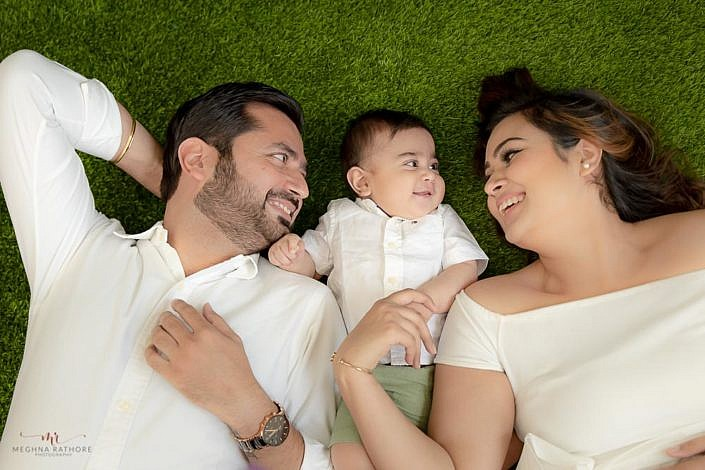 Meghna Rathore Photography, garden theme, mother and father love, family photography