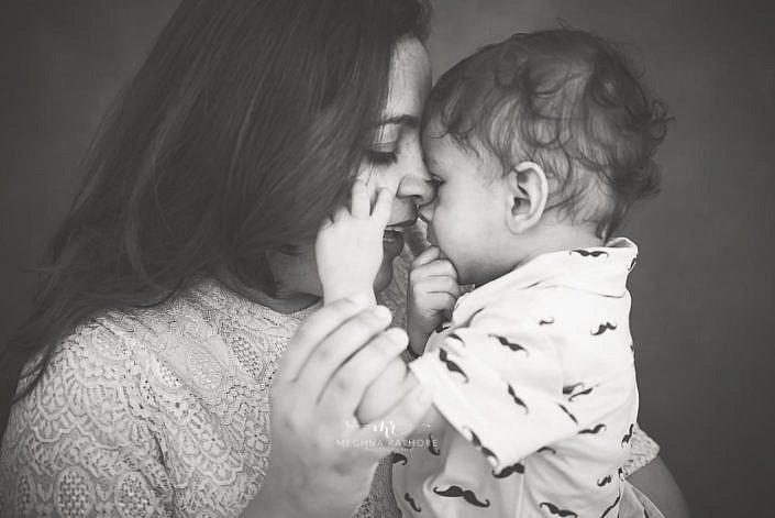 Meghna Rathore Photography, mom and son photo, family photography, black and white picture, sitter photoshoot, toddler photoshoot, mother's love.