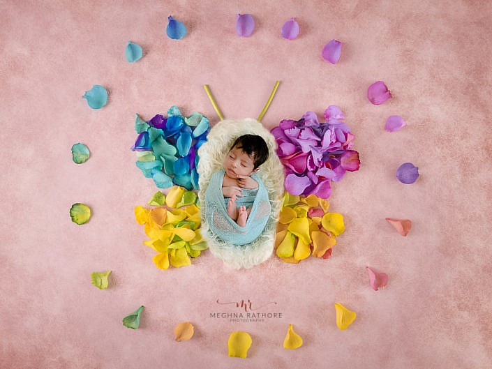 Newborn Album 38 - 30 Days Old Newborn Girl Flower Props Photo Shoot