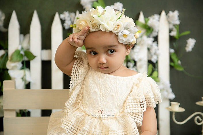 baby girl sitter photo shoot professional baby photo shoot by Meghna Rathore Photography