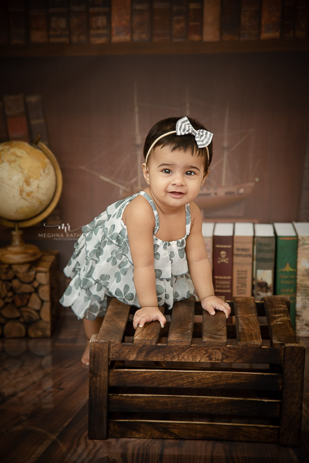 someone is one. kid photoshoot by Meghna Rathore photography Delhi