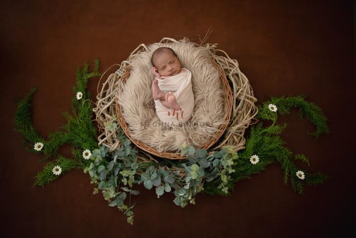 21 days old newborn baby boy professional photoshoot props at meghna rathore photography in delhi gurgaon