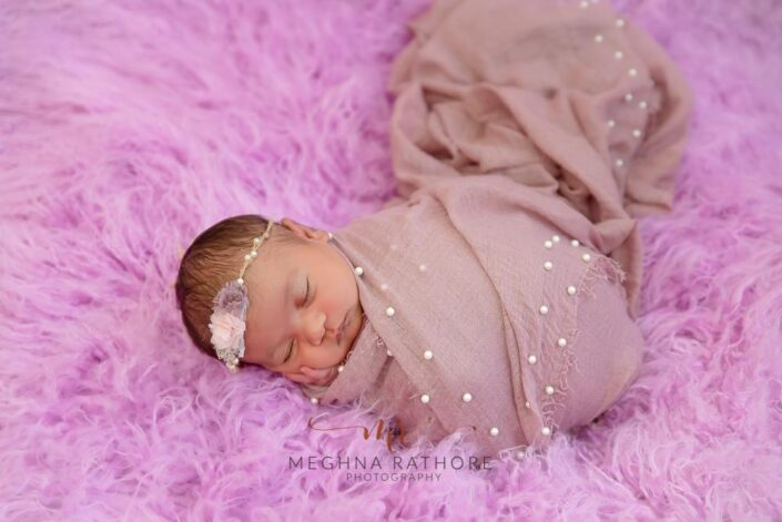 20 days old newborn baby girl professional photoshoot at meghna rathore photography in delhi