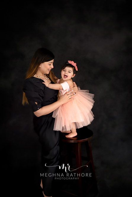Mother and daughter duo posing candidly at meghna rathore photography in delhi gurgaon