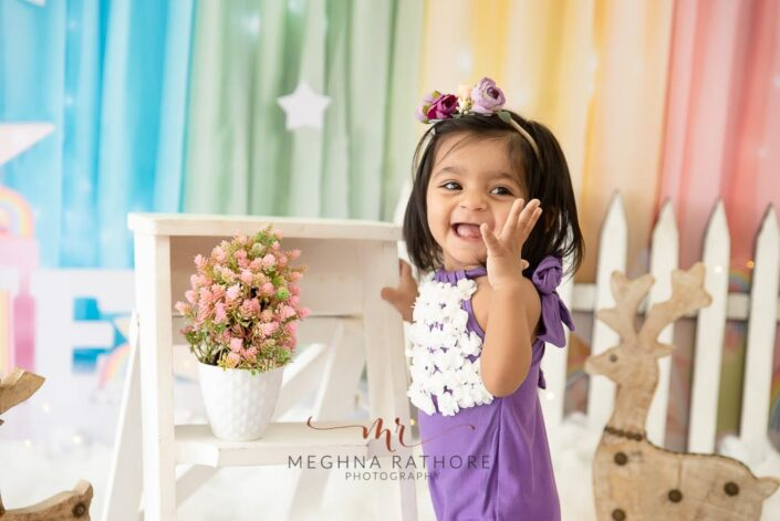 1 year old cute girl poses candidly for meghna rathore photography in delhi gurgaon