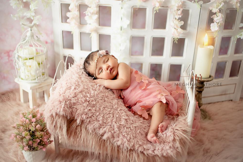 24 days old newborn girl child best indoor photo studio at meghna rathore photography in gurgaoun